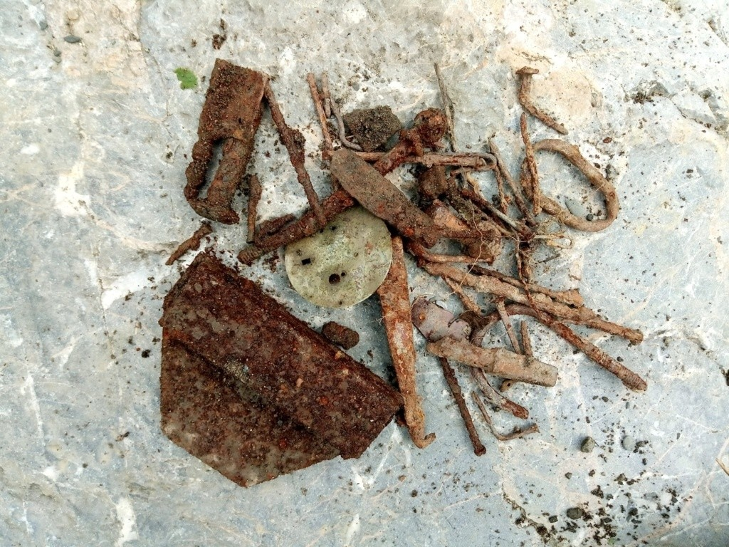 Cours d'orpaillage – 3 indices pour trouver de l'or: hématites, objets en fer et les plombs