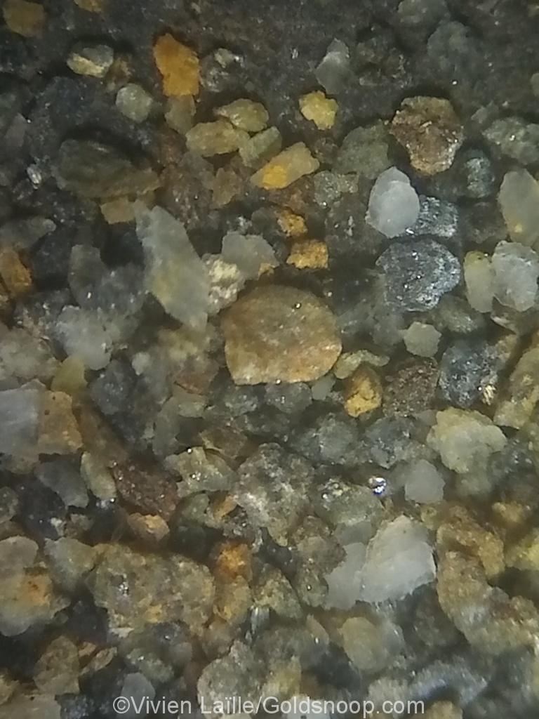 Etude d'un affleurement de schistes très ferreux et oxydé