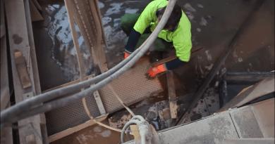 Reportage: La passion d'un géologue pour les métaux précieux